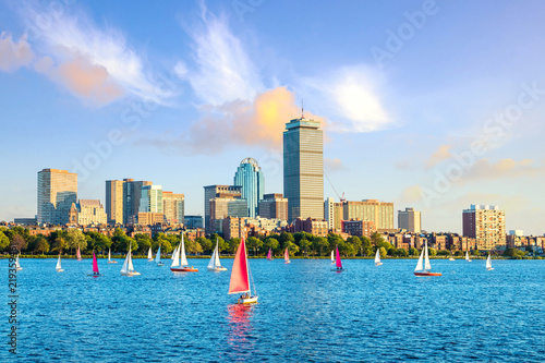 Spoed Fotobehang Centraal-Amerika Landen View of Boston Skyline in summer afternoon