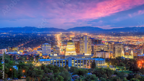 Spoed Foto op Canvas Verenigde Staten Salt Lake City skyline Utah at night