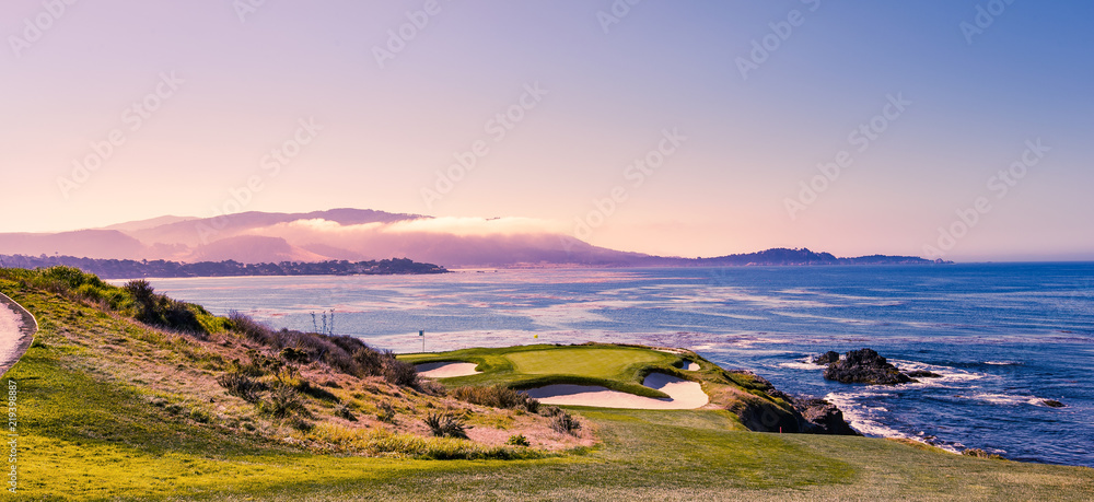 Fototapety, obrazy: Pebble Beach golf course, Monterey, California, USA