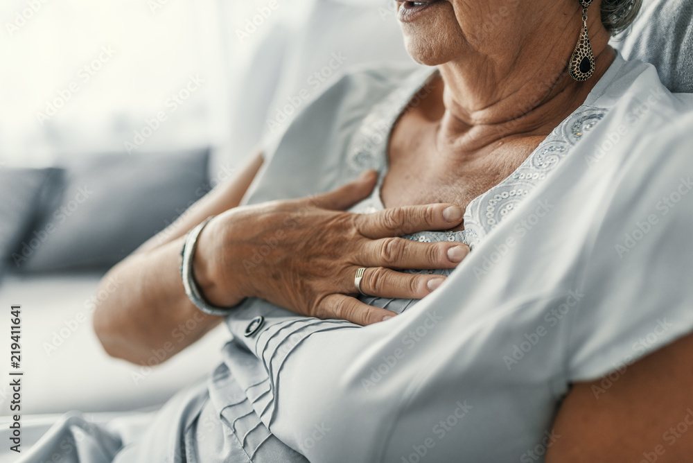 Fototapety, obrazy: Female with chest pain