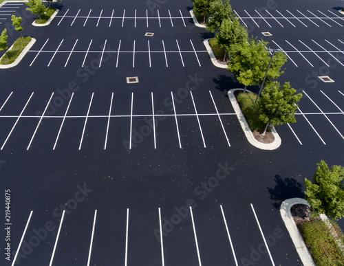 Parking Only- Wei/ß-Rot Parkplatz 32x24 cm Parkplatzschild Alu Dibond INDIGOS Parking Only Morgan Roadster