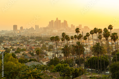 Spoed Foto op Canvas Amerikaanse Plekken Los Angeles downtown skyline evening