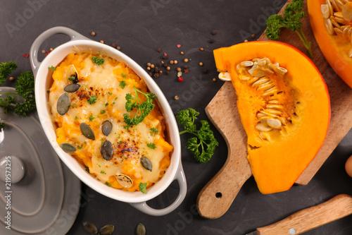 pumpkin gratin with cheese Tableau sur Toile