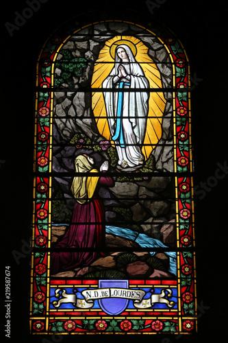 Bernadette Soubirous. Notre-Dame de Lourdes. Eglise Saint Jean-Baptiste. Les Houches. / Bernadette Soubirous. Our Lady of Lourdes. Saint John the Baptist Church. The Houches. © lemélangedesgenres
