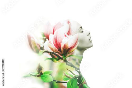 Fotografía  Multiple exposure. Woman and magnolia