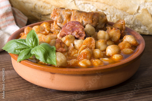 casserole of stewed chickpeas with meat