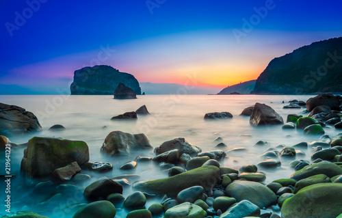 Foto  amanecer y atardecer en la costa del país vasco, euskadi