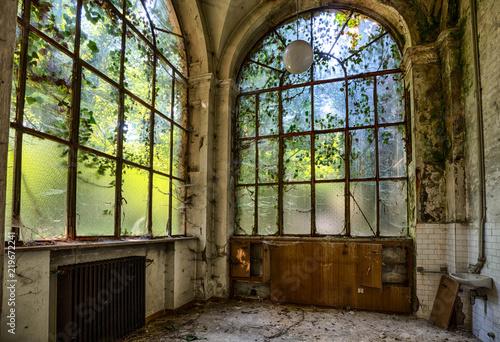 Verlassene Psychiatrische Klinik und Geisterhaus