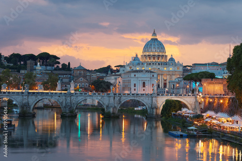 Foto op Aluminium Rome Night view to Ponte Sant'Angelo and Vaticano in Rome, Italy