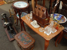 Collections Of Vintage Items O...