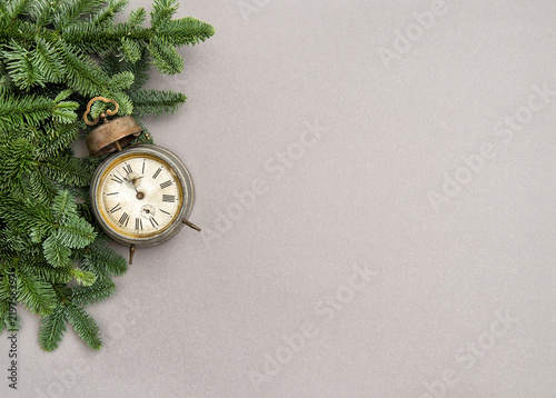 Papiers peints Nature Christmas decoration vintage alarm clock grey background