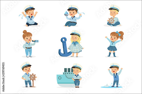 Cuadros en Lienzo Small Children In Sailors Costumes Dreaming Of Sailing The Seas, Playing With To