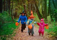Kids In Halloween Costume Tric...