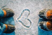 Love Winter - Feet In Snow Boo...