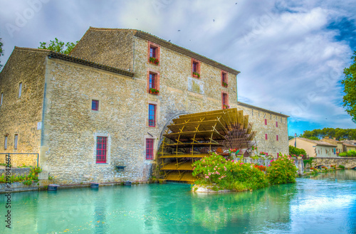 house-with-a-water-wheel-luberon-region-france