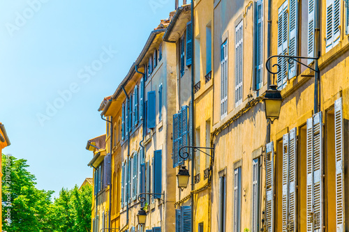 Photo Facades of houses in the old center of Aix-en-Provence, France