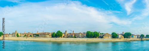 Photo Riverside of Rhone in Arles, France