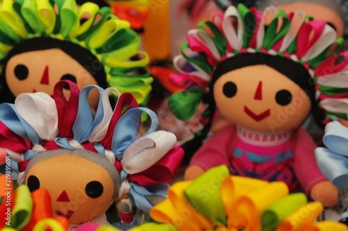 Photo muñeca tradicional mexicana llena de colores