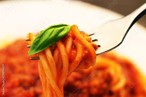 Fototapeta spagetti na widelcu obraz