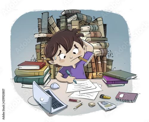 Foto  niño estresado estudiando mucho