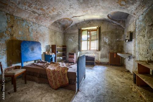Fotografija  Psychiatrische Klinik lange verlassen und marode