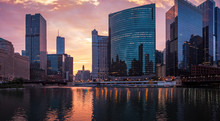 The Chicago River. Downtown, Chicago, USA. Morning Cityscape, Sunrise. Panorama.