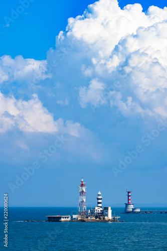 Photo  Horsburgh Lighthouse on Pedra Branca Island in the Singapore Strait