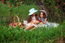 Girl Two Sisters Harvest Garde...