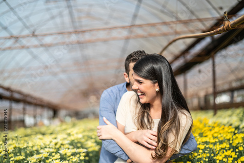 Photo  Romantic Couple on a Love Moment at Greenhouse