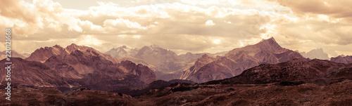 Poster Marron chocolat Panoramic view of Italian Dolomites mountains