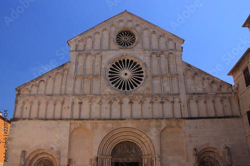 Chorwacja, Zadar - Katedra św. Anastazji z przełomu XII i XIII wieku z fasadą w stylu romańskim.