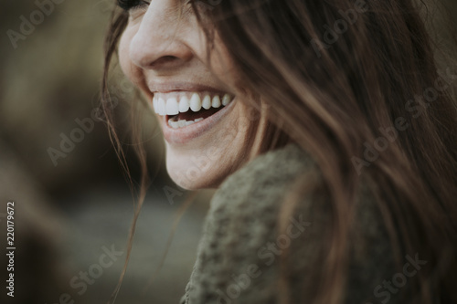 Photo  Close up of a woman smiling