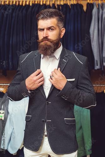 Shopping perfect man