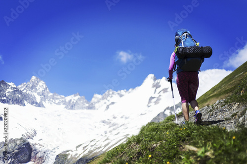 Photo Trekking in the Canadian mountains