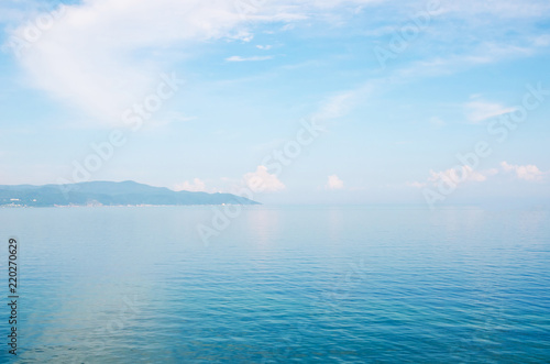 Papiers peints Piscine Paysage of a blue water of lake and sky.
