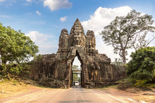 Sculptures In The Gate Of Angkor Wat