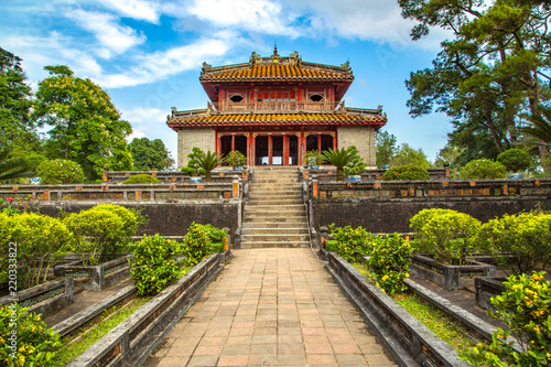 Spoed Foto op Canvas Asia land Minh Mang Tomb in Hue, Vietnam