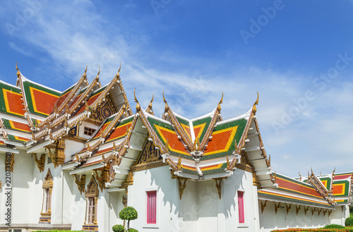 Deurstickers Temple Wat Phra Si Mahathat woramahawihan Bang Khen, Bangkok Thailand architecture traditional temple thai style on blue sky
