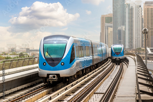 obraz dibond Dubai metro railway