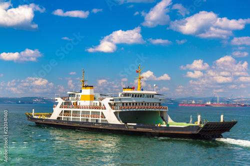 Fotomural Ferry in Dardanelles strait, Turkey