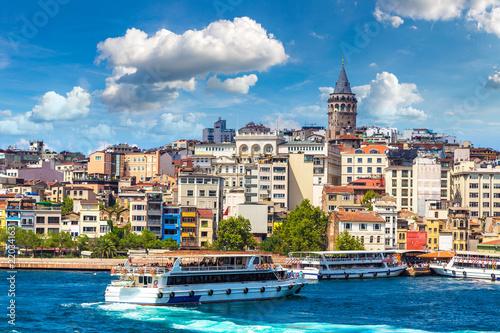 Fotografia  Galata Tower in Istanbul, Turkey