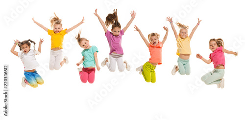 Fotografia  The kids dance school, ballet, hiphop, street, funky and modern dancers on white studio background