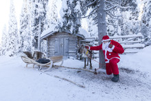 Santa Claus And Reindeer, Ruka...