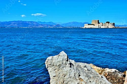 Papiers peints Fortification Greece,Nafplio-view of fort Bourtzi