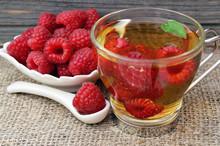 Raspberry Tea With Fresh Picke...
