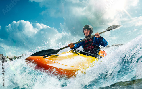 Papel de parede Whitewater kayaking, extreme kayaking
