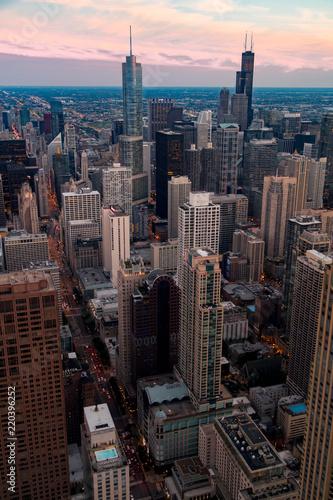 Spoed Foto op Canvas Grijze traf. Downtown Chicago at Golden Hour