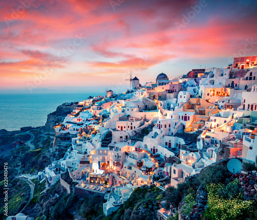 Fotografie, Obraz Impressive evening view of Santorini island