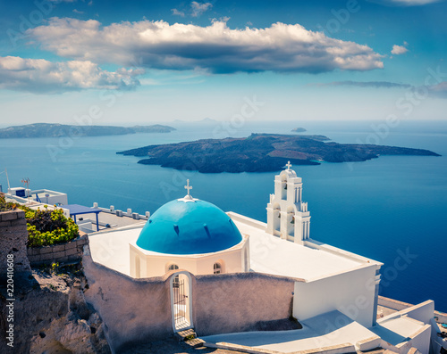 Fototapety, obrazy: Sunny morning view of Santorini island. Picturesque spring scene of the  famous Greek resort - Fira, Greece, Europe. Traveling concept background.