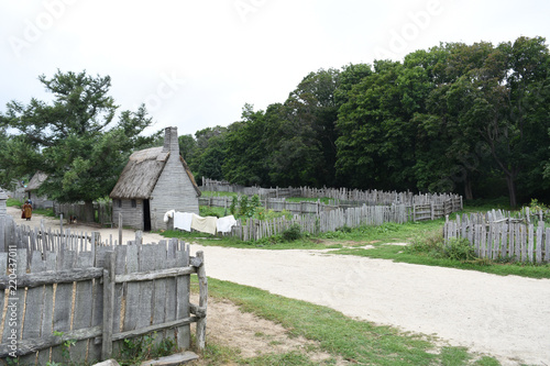 Valokuvatapetti Plimoth Plantation Colonial Village with Laundry Drying